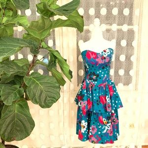 Dresses & Skirts - Perfect Party Dress